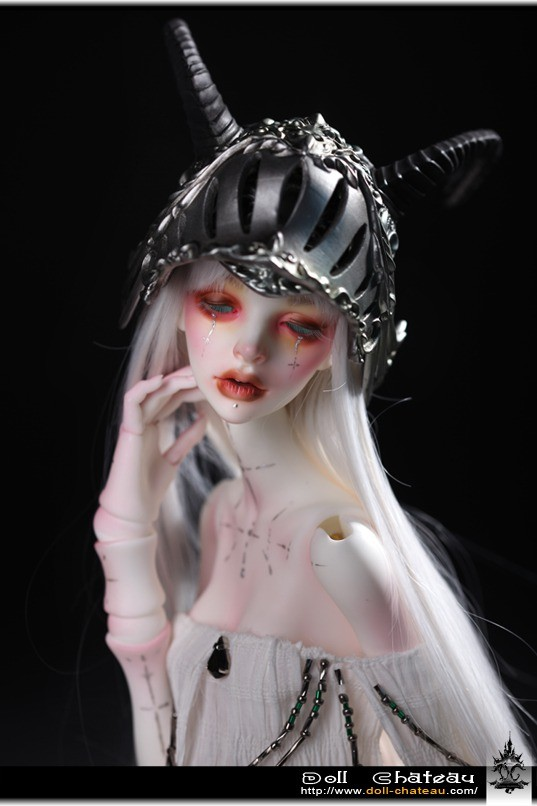 Doll Chateau Youth Evangeline