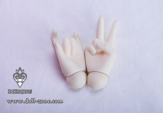 DollZone 44cm girl hands, HG45-03