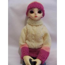 Pink and white jumper SD