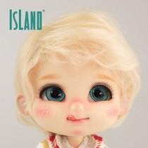 Island Bru, wavy blond wig